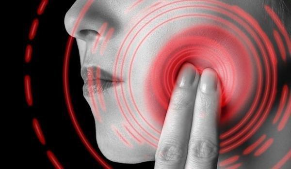 Молитва от зубной боли: читать 3 раза