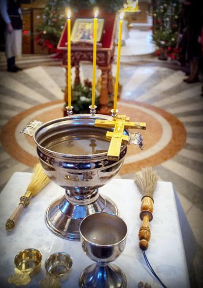 Молитва на освящение всякой вещи: мирянином