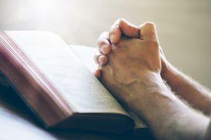 Молитва благодарственная Господу Богу: за помощь