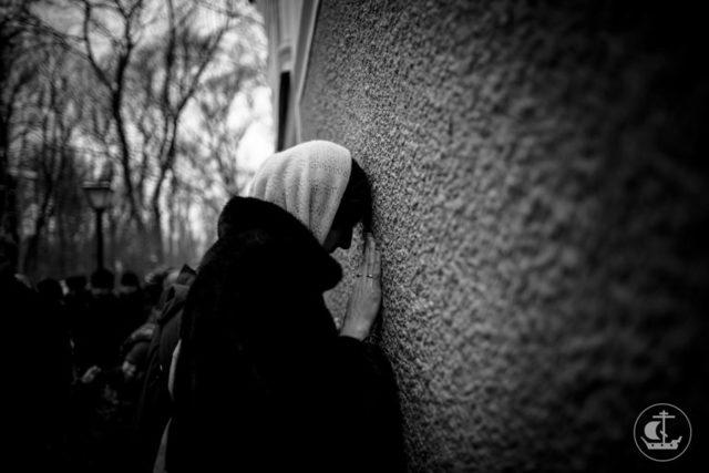 В чем помогает Ксения Петербургская: молитва (отзывы)