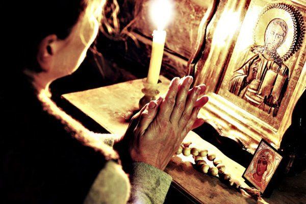 Молитва о спасении души своей: текст, слушать