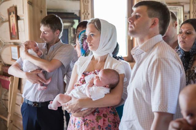 Могут ли муж и жена быть крестными: у одного ребенка