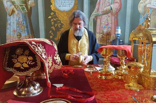 Можно ли заказать в интернете Неусыпаемую Псалтырь в интернете не посещая храм?