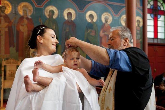 Символ веры молитва: текст с ударениями, на русском, при крещении