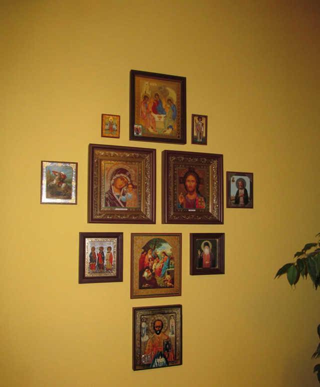 Где должны стоять иконы в квартире схема устройства божницы, размещение святых изображений по иерархии