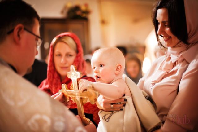 Молитва на крещение ребенка для крестных