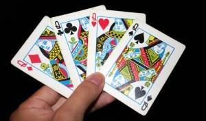 Гадания на игральных картах: популярные расклады и толкования