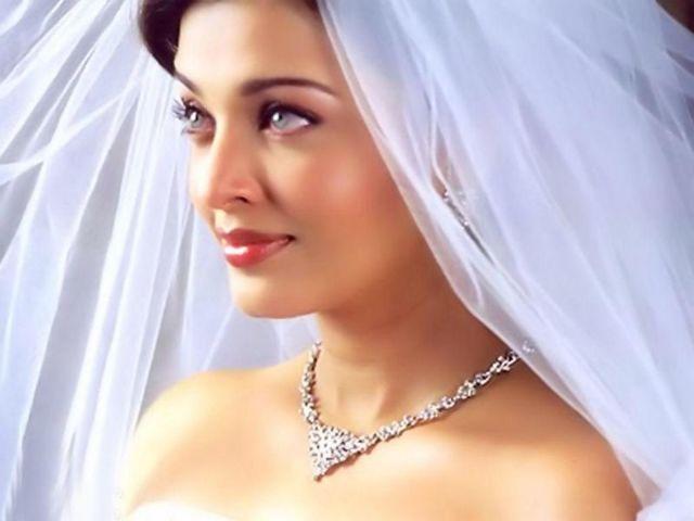 Сегодня увидел во сне маму в свадебном платье: толкование