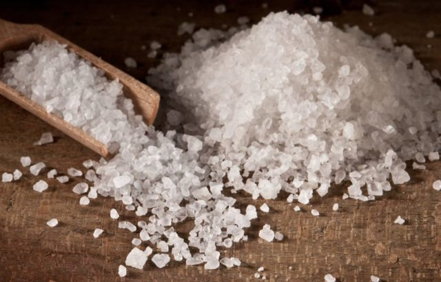 К чему снится соль: толкование сна по различным сонникам
