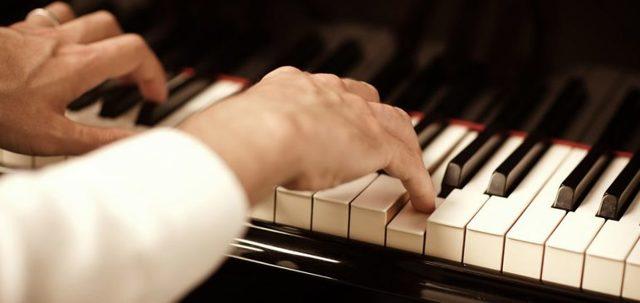 Сонник: играть на пианино, толкование значения сна для мужчин и женщин