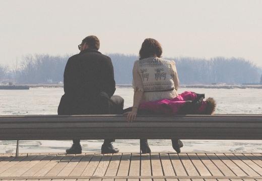 Что значит увидеть во сне умершего брата живым и разговаривать с ним: толкование
