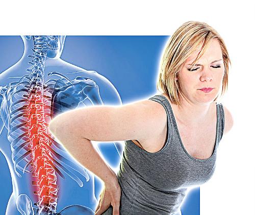 Простой и действующий заговор на воду или молоко от боли в спине