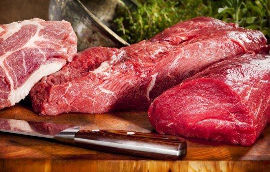 К чему снится сырое мясо: толкование по различным сонникам