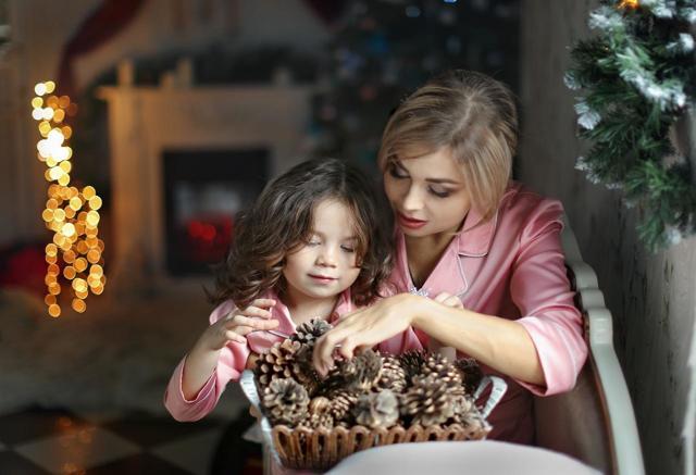 Крещенские гадания в ночь на 19 января: на любовь, суженого, богатство, желание и будущее